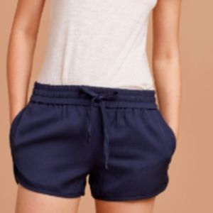"NEW Aritzia Wilfred Free ""Knowles"" shorts"